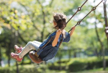 Люлките и въртележките полезни за децата