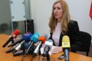 """Ангелкова събира спешно туроператорите заради фалита на """"Томас Кук"""""""