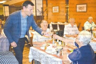 10 двойки честваха златни и сребърни сватби в Сандански