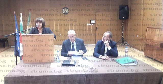 Скандална финална сесия, съветници бойкотираха избора на временни кметове на Банско, Филипово и Места