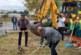 """Кметът на Благоевград д-р Атанас Камбитов направи първа копка за изграждането на подлеза при квартал """"Грамада""""."""