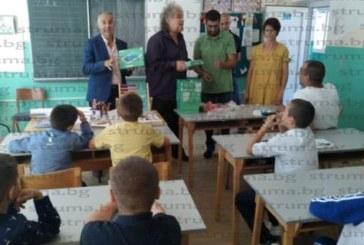 44-ма първокласници в Босилеград за новата учебна година, 6-има ще учат на майчин български език, 18 – на сръбски