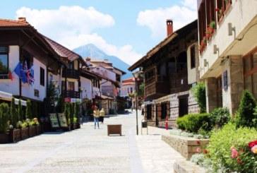 Банско регистрира 5% ръст на туристите за това лято, оборотите на магазините и заведенията намаляват