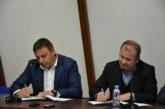 Кандидатът за кмет д-р Атанас Камбитов и Радослав Тасков, водач на листата на МК ЕНП (ЕНПСДСБДО) подписаха съвместна декларация за сътрудничество