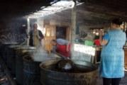 "Десетки жители и гости на село Яхиново, община Дупница, запалиха свещички в храма"" Света Петка"""