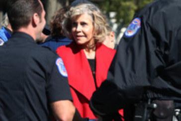 Арестуваха Джейн Фонда и Тед Дансън заради екопротест