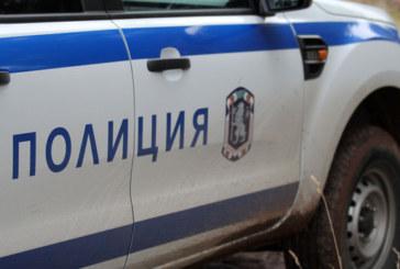 Младежи се стреснаха от патрулката, опитаха да преметнат кюстендилските полицаи