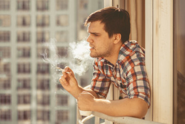 Първата глоба за пушене на балкон в Русия е вече факт