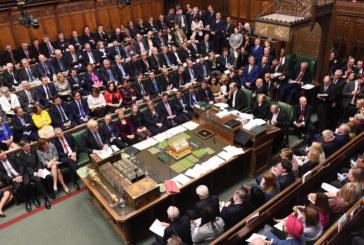 Британският парламент отново отложи Brexit