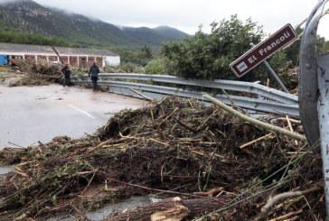 В Испания е страшно! Един загинал и двама изчезнали след мощни бури