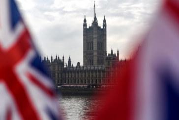 ЕП подкрепя даването на нова отсрочка на Великобритания