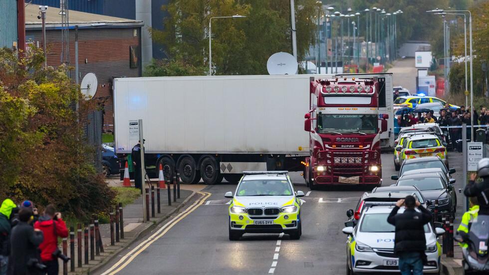 Полицията във Великобритания с призив да се спре спекулирането по случая с камиона ковчег