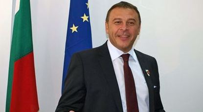 Д-р Атанас Камбитов към благоевградчани: Честити 107 години свобода!