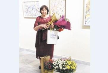 """ЮЗУ преподавателка """"докосна с цвят"""" кюстендилските ценители на изобразителното изкуство"""