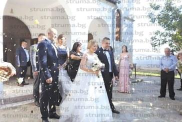Селски кмет от Санданско вдигна сватба с 300 гости на дъщеря си