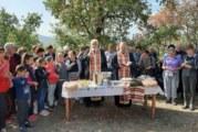 Миряни почетоха Св. Иван Рилски край Крупник