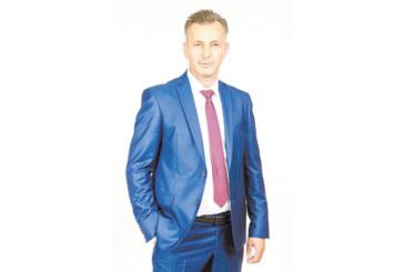 Андон Тодоров: Ще позволят ли благоевградчани още 4 години да ги управлява шайката клиентелисти и схемаджии!