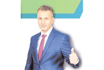 Кандидатът за кмет Андон Тодоров: Дойде моментът! ЩЕ СПАСИМ ЛИ БЛАГОЕВГРАД, ВИЕ РЕШАВАТЕ!  АЗ СЪМ С ВАС И НЯМА ДА ВИ ПРЕДАМ!