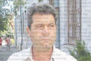 Шапка спаси петрички общинар от глоба за късане на плакати, заподозрян за подкупване на гласоподаватели с кофи за смет, селски кмет отърва санкция с обяснението, че само упътвал шофьора