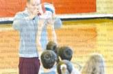 """В Чикаго стартира Волейболната академия """"BG Lions"""", главният треньор, перничанинът С.  Младенов, събра българчета за първа тренировка"""