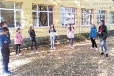 С ролеви игри в следизборния ден благоевградски ученици бориха агресията