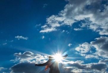 Облачно с превалявания, преминава студен атмосферен фрон