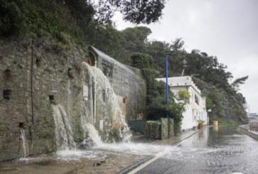 Силна буря остави без ток стотици домакинства във Франция и Италия