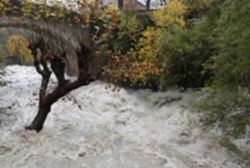 Евакуация и спасителни операции във Франция заради наводнения
