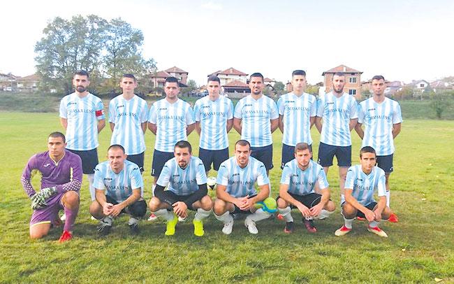 Възроденият тим на благоевградско село нареди три поредни победи в пиринската бундеслига