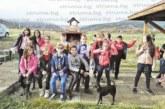 Млад фермер подари на съучениците на дъщеря си вълнуващо изживяване в Седмицата на бащата