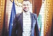 Секретарят на община Банско Вл. Кушлев напусна, до края на седмицата кметът Ив. Кадев назначава временно изпълняващ длъжността