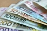 Преводите на евро в чужбина поевтиняват с до 10 пъти