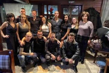 Ива Топалова и Илиян Будин станаха Мис и Мистър Коледен бал на Професионалната гимназия по транспорт Разлог
