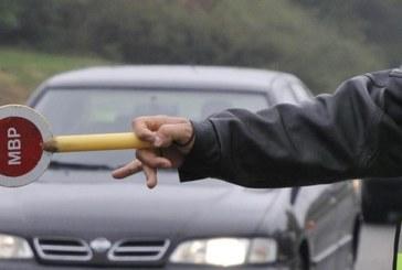 """Ходжа без шофьорска книжка заловен зад волана на """"Голф"""", заплашва полицаи"""