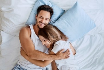 Какво правят щастливите двойки преди лягане