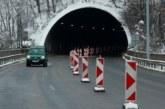 """Кола аварира в тунел """"Мало Бучино"""" на магистрала """"Струма"""""""
