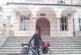 Французин, доктор по химия, пропътува 2000 км с колело, натоварен с 50 кг инструменти, за да учи музика при преподавателя в НХГ – Благоевград Хр. Златков