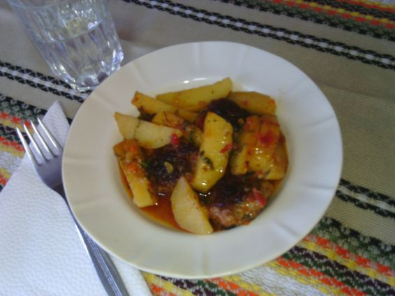 Картофи с кюфтенца на фурна