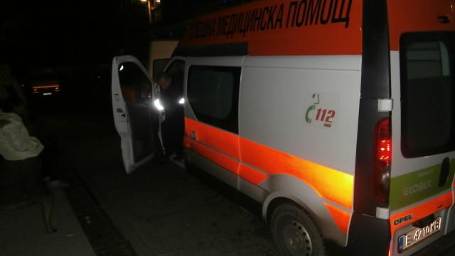 Лек автомобил се обърна по таван край Гоце Делчев, младежи са ранени
