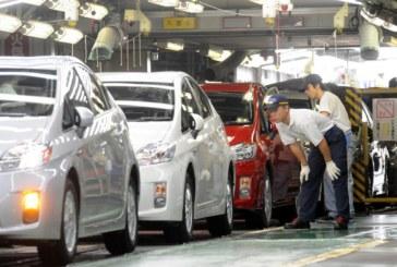 """""""Тойота"""" изтегля 3,4 милиона автомобила по целия свят"""