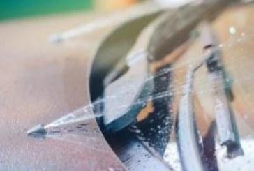 Замръзва ли зимната течност за чистачки
