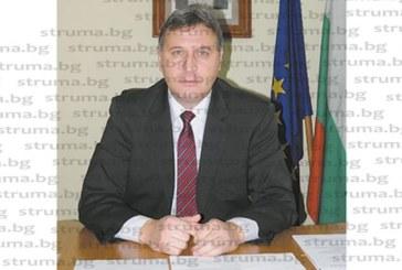Кметът Герчев спря кранчето за цистерните, изнасящи минерална вода от Баня, с мотив: Не може хотели извън региона да претендират за спа дестинация с наш ресурс!