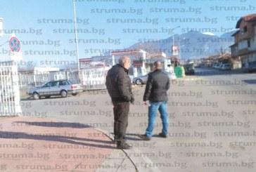 Македонците спряха да купуват коли от Дупница, за да пестят от транспорт от Италия, ползват само автовозите на дупнишките търговци
