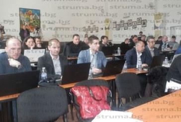 Такситата в Петрич няма да поскъпват, съветниците разрешиха 32 нови коли