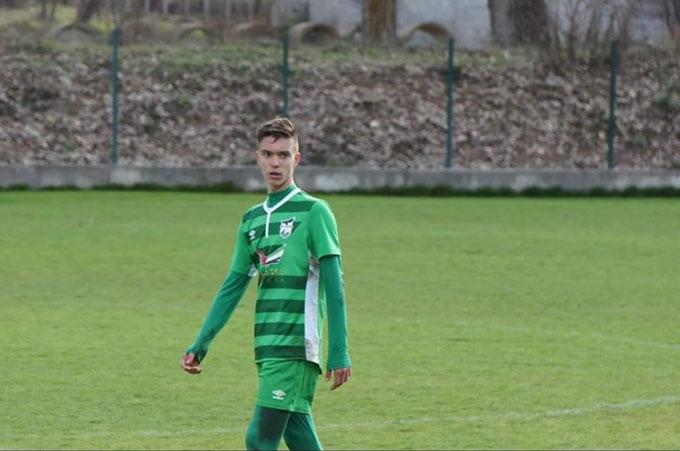 14-г. синове на бивш футболист от Благоевград и граничен полицай от Ключ хванаха окото на националния селекционер