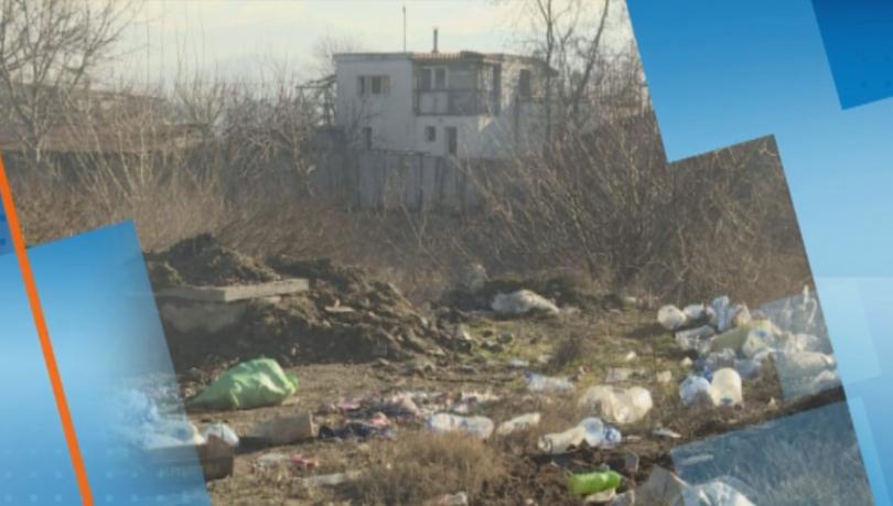 Незаконно сметище замърсява река Бистрица край Благоевград