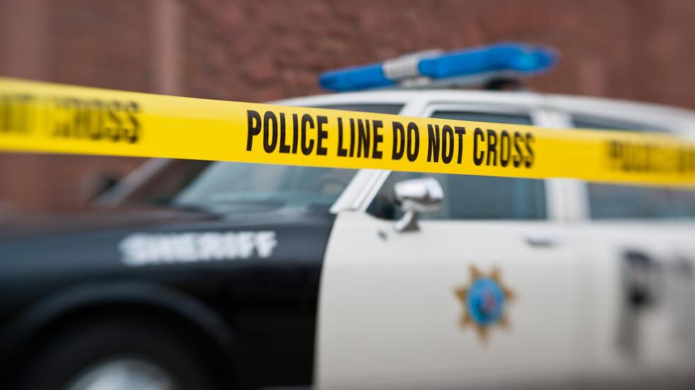 Мъж откри огън в полицейско управление в САЩ