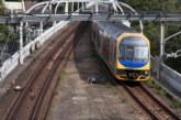 Влак със 160 пътници дерайлира в Австралия