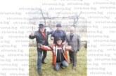Знаменита мъжка компания от Дупница вдигна наздравици в лозята над Дренски рид