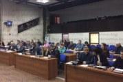 """На извънредна сесия в Благоевград! Решено: Кметът Р. Томов гласува """"Въздържал се"""" за излизането на Струмяни и Петрич от ВиК асоциацията"""